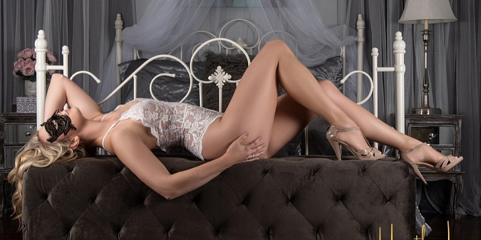 Heather Lee Boudoir Photography's Cover Photo